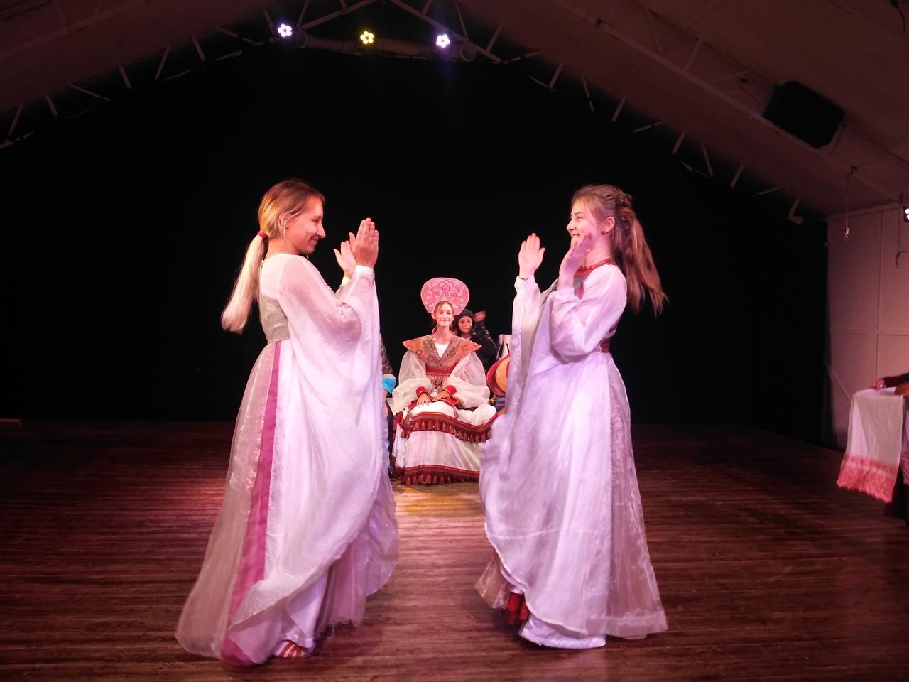 Театр МАЛАХИТ открывает двери с премьерой (3).jpg