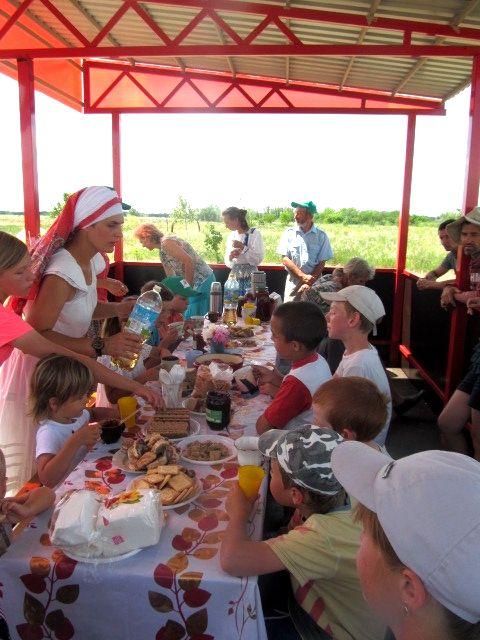 Все мы родом из детства – праздник в ПРП Радужное у Медведицы (7).jpg