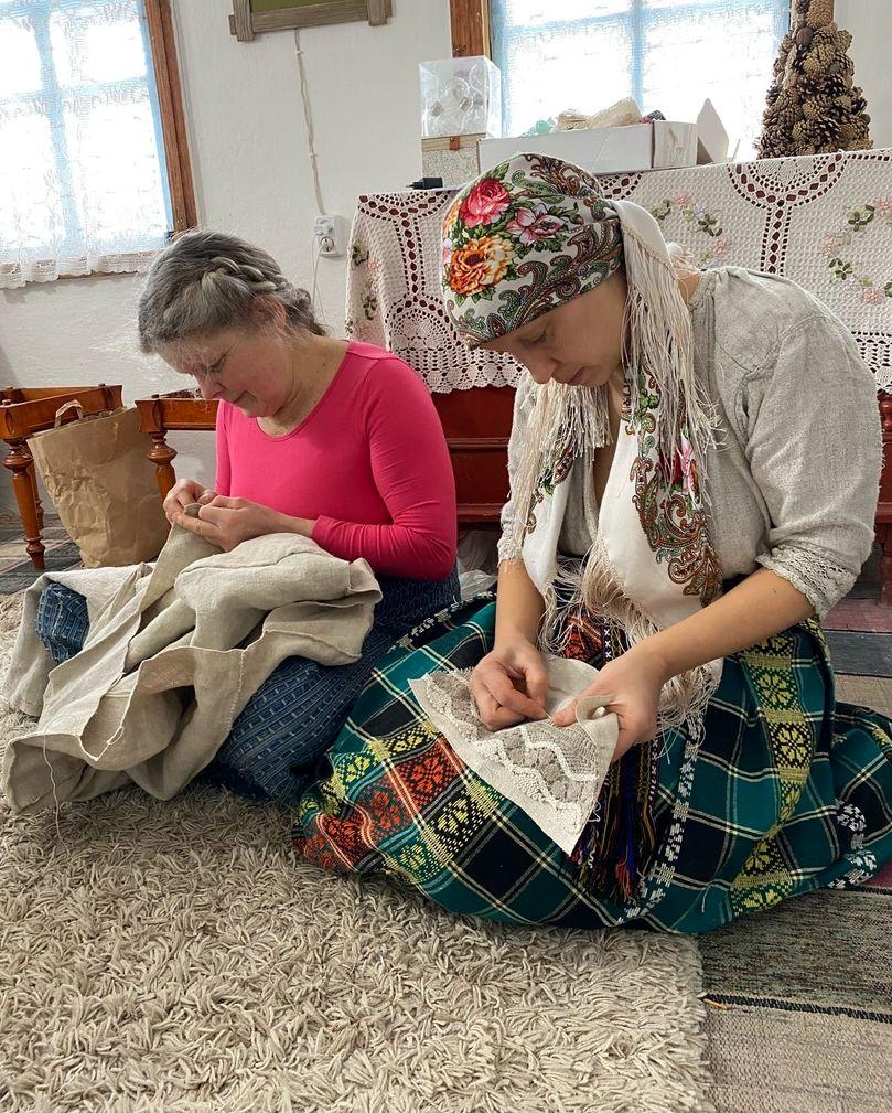 Развитие мастерства по пошиву старинной рубахи в РП Украины (6).jpg