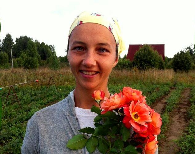 Надежда Казанская о своих грядках в родовом поместье (1).jpg