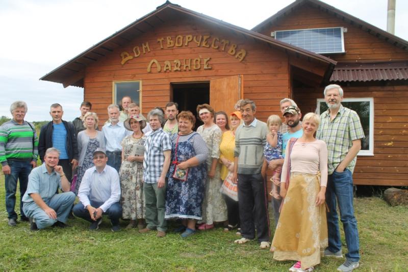 ОНФ во Владимирской области организовал обсуждение перспектив родовых поместий.jpg
