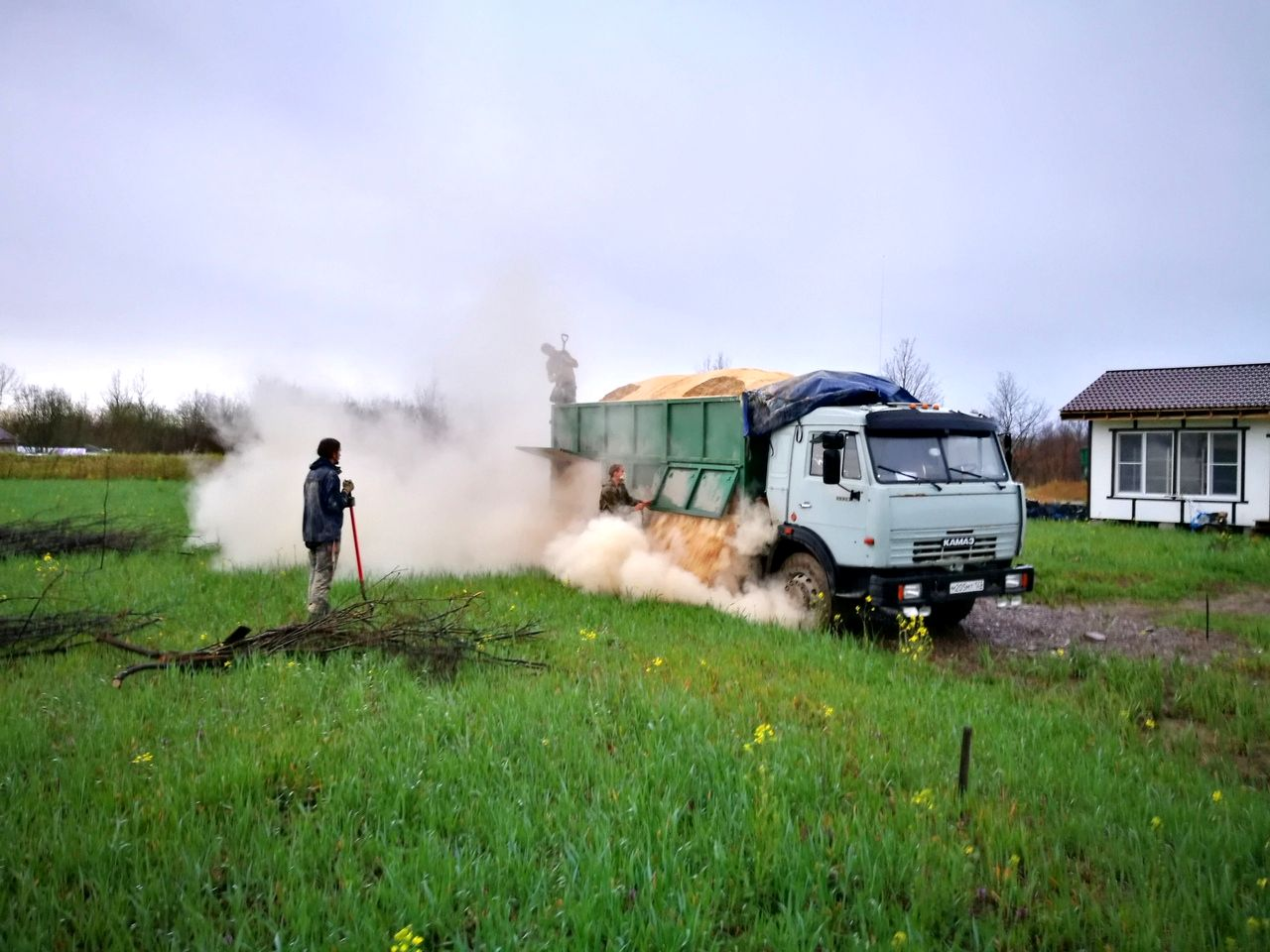 Поместье Радужный Лес восстановления глинистых земель (4).jpg