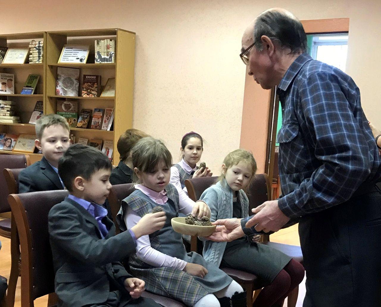 Московские библиотеки помогают возрождению лесов России (2).jpg