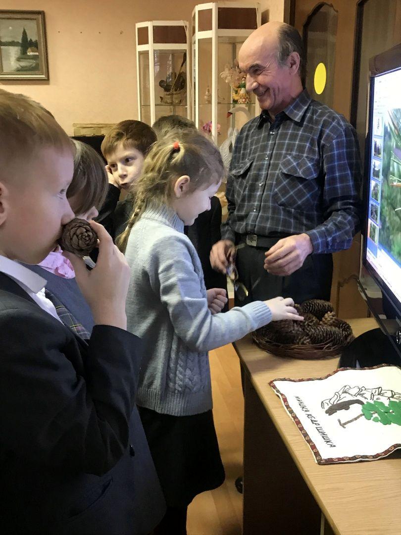 Московские библиотеки помогают возрождению лесов России (4).jpg
