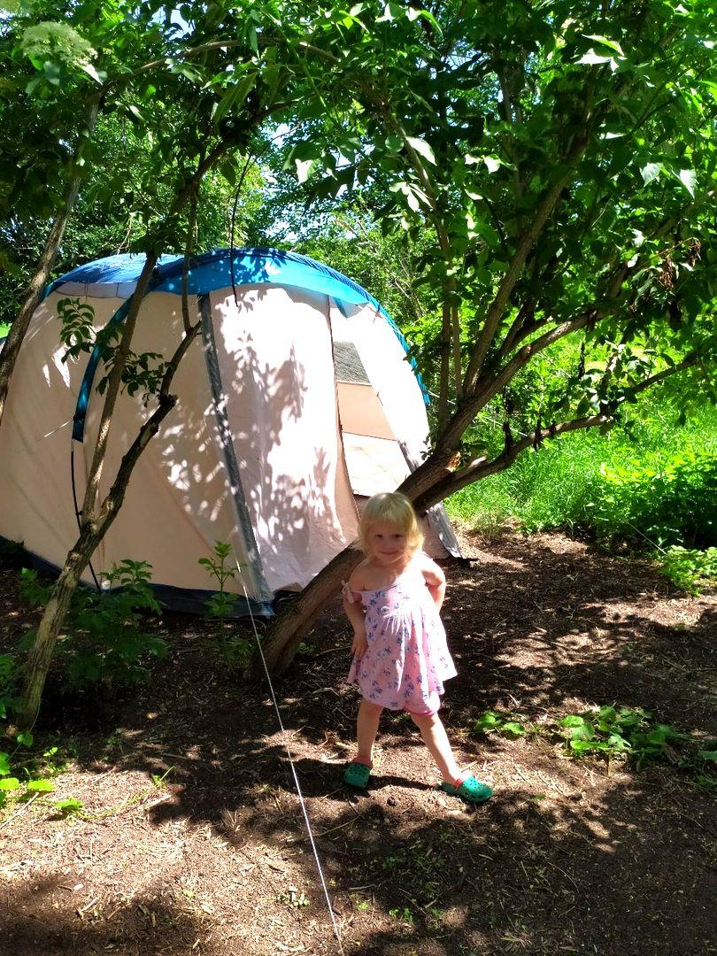 Я провела ночь с детьми в палатке в поместье (1).jpg
