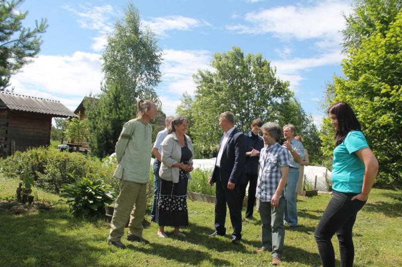 ОНФ во Владимирской области организовал обсуждение перспектив родовых поместий (1).jpg