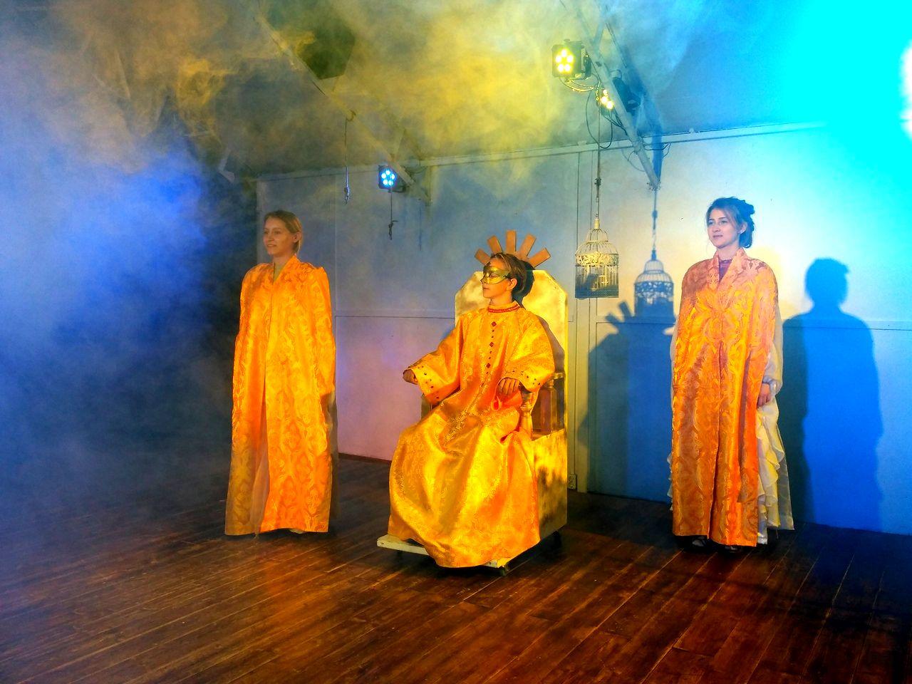 Театр МАЛАХИТ открывает двери с премьерой (2).jpg